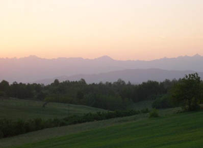 The spectacular hills of the Langhe at dusk.